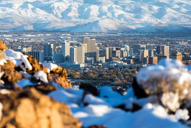 Living in Reno Nevada (Pros and Cons)