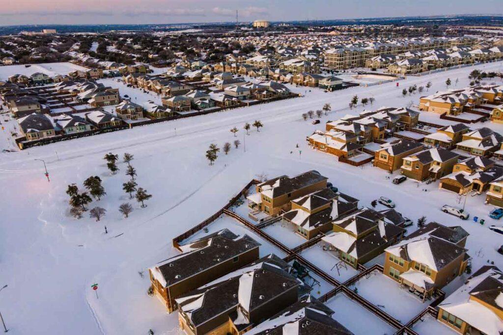 Snow in Texas Suburb